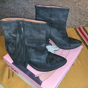 """Jeffrey Campbell """"Roswell"""" boots"""